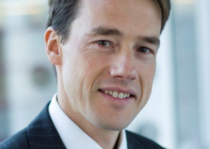 Brice Devinoy, directeur des opérations chez DHL Express France