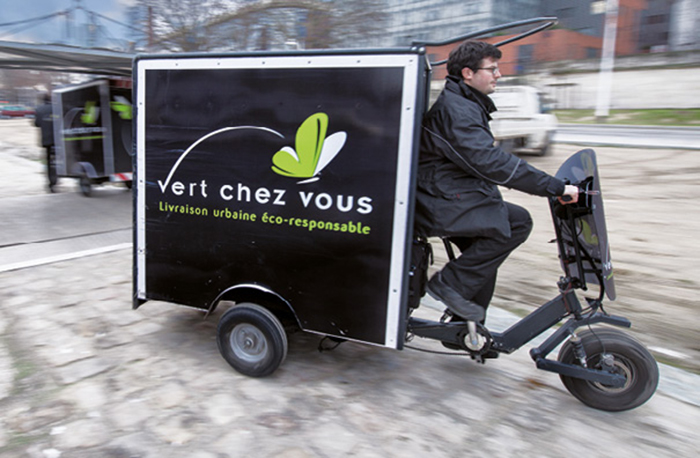 Au sein du Groupe Labatut, l'entité Vert Chez Vous ne s'appuie que sur des véhicules propres.