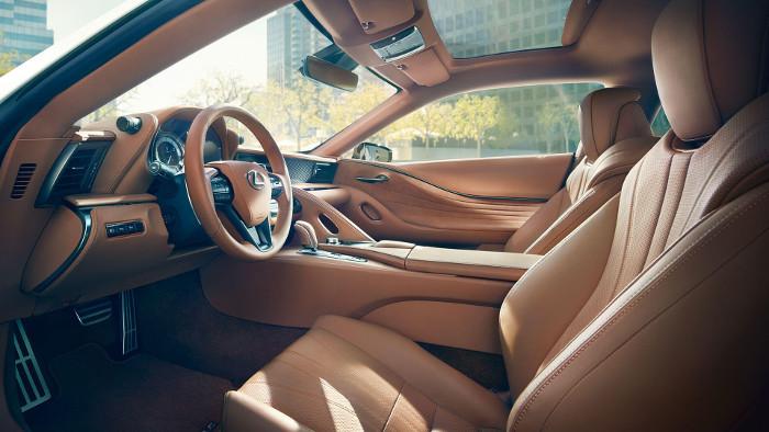 Lexus hybride LC-500 interieur