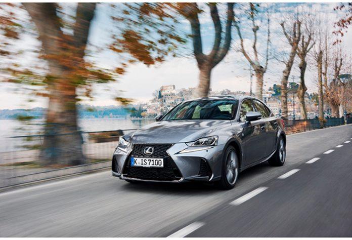 Gammes 2018 Lexus - Lexus IS