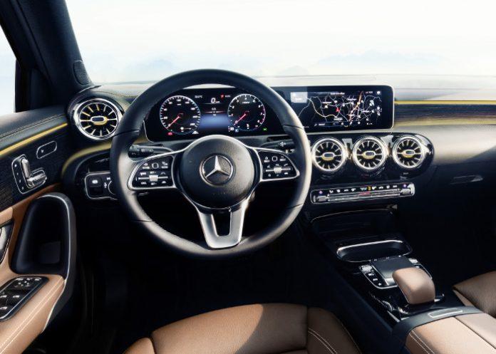 Modèles 2018 Compactes - Mercedes Classe A tableau de bord