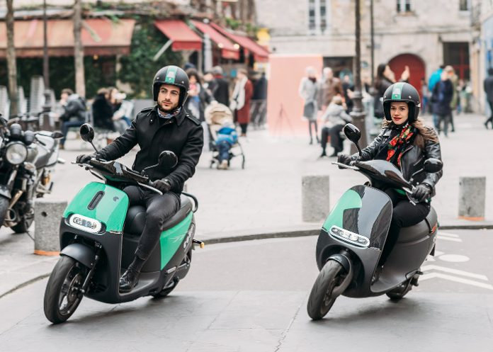 Coup amplifie sa présence à Paris