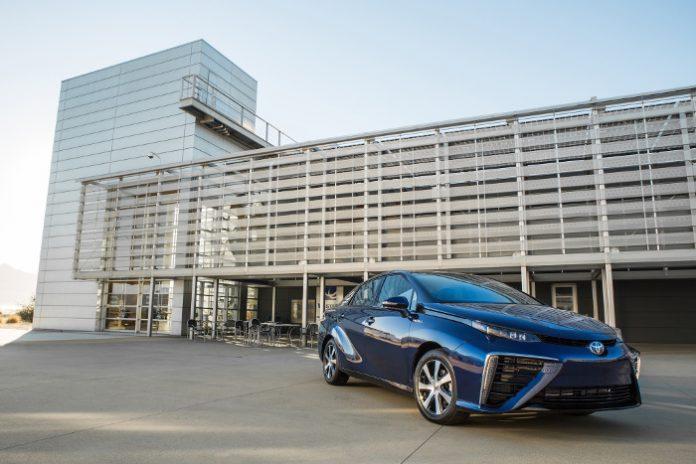 Toyota Mirai 30 000