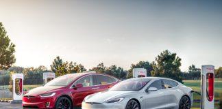 Charge rapide : superchargeurs Tesla
