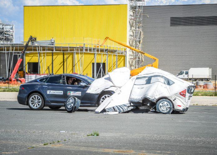 Assistance à la conduite Tesla Maif et l'UTAC-CERAM