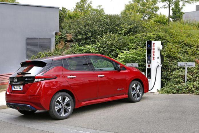 Borne recharge rapide Nissan
