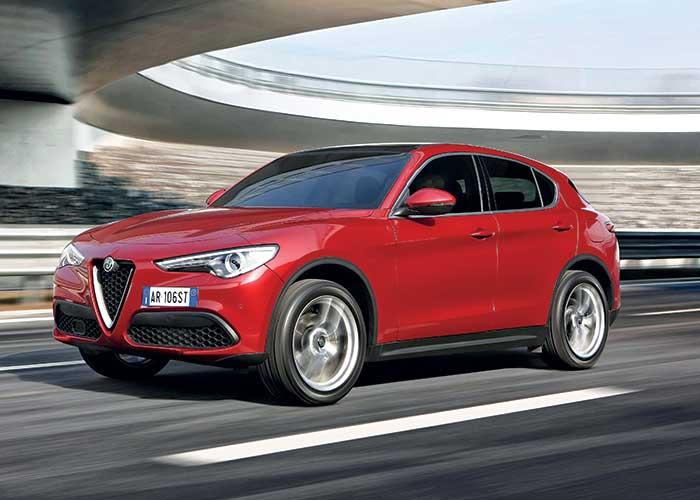 Chez Alfa Romeo, le Stelvio se conjugue en 2.2 Turbo 150 (124 g ; à partir de 39 900 euros, 41 900 en Business) ou 180 ch, et au même tarif dans une configuration Adv Efficiency (119 g ; à partir de 39 900 euros ; 41 900 en Business).