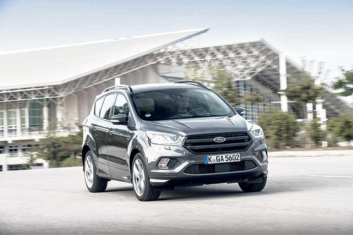 Le Ford Kuga a mis à profit son restylage pour étrenner un 1.5 TDCi 120 ch plus économe (136 g, à partir de 27 000 euros, 30 000 en Trend Business), en plus du 2.0 TDCi 150 ch (144 g ; à partir de 29 250 euros, 32 250 en Trend Business).