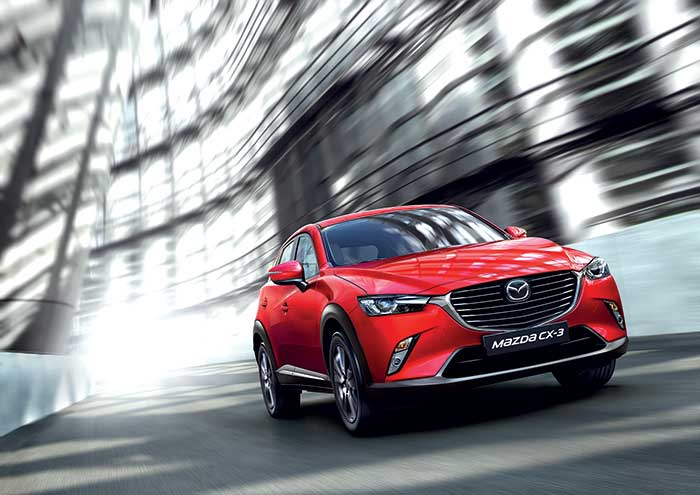 L'agrément de conduite fait partie des caractéristiques du Mazda CX-3, tout comme la sobriété du 1.5 Skyactiv-D de 105 ch (105 g ; à partir de 23 300 euros). Dommage qu'il n'existe pas de diesel plus puissant dans la gamme.