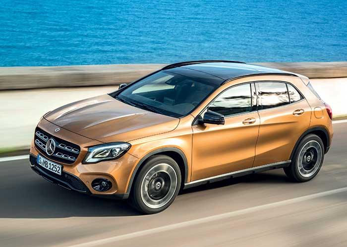 Sous le capot du GLA de Mercedes prennent place un 200 d de 136 ch (141 g ; à partir de 35 100 euros, 38 350 en Business Edition) et un 220 d de 170 ch (138 g ; à partir de 41 450 euros, 42 700 en Business Edition).