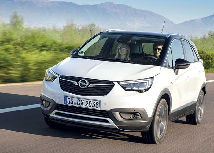 Chez Opel, le Crossland X affiche une sobriété de bon aloi avec son diesel 1.5 de 102 ch (105 g ; à partir de 21 700 euros, 23 990 en Business Edition). Offre complétée cet automne par une variante à 120 ch (105 g ; à partir de 25 100 euros).