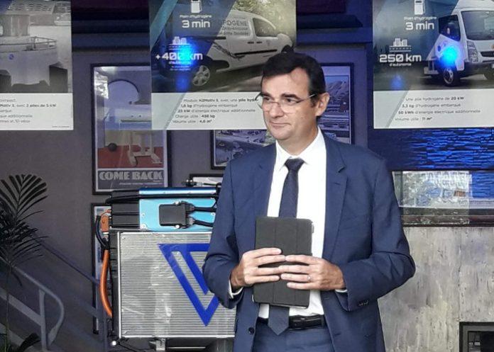 Fabio Ferrari, président de Symbio, lors de la présentation du module H2Motiv L. © Symbio
