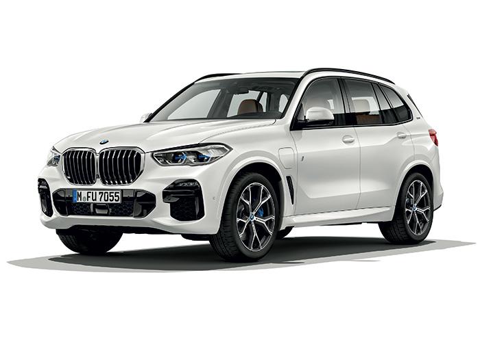 Déclinaison hybride rechargeable du grand SUV de BMW, le nouveau X5 45e développe au maximum 394 ch, sans augmentation du CO2 par rapport à la précédente version, même en Euro 6d et WLTP, avec tout juste 49 g.