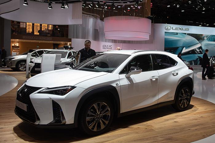 Lexus-UX-250h