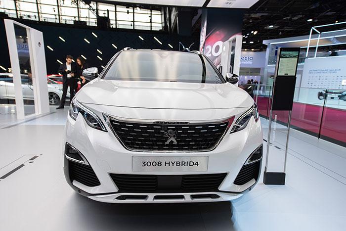 Peugeot-3008-Hybrid