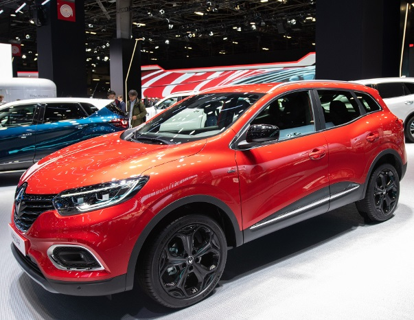 mondial de paris 2018 le renault kadjar se renouvelle. Black Bedroom Furniture Sets. Home Design Ideas