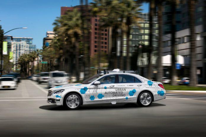 VTC autonomes : Daimler et Bosch