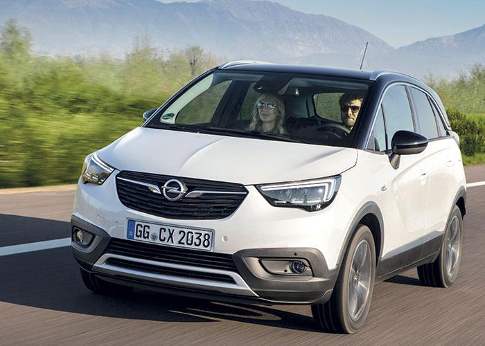 Sous le capot de l'Opel Crossland X, un 1.2 l délivre 82 ch à 117 g (à partir de 18 750 euros). On retrouve ces 117 g en 130 ch, moyennant 23 900 euros au minimum. Le 1.2 Turbo de 110 ch n'émet que 107 g et débute à 20 200 euros.