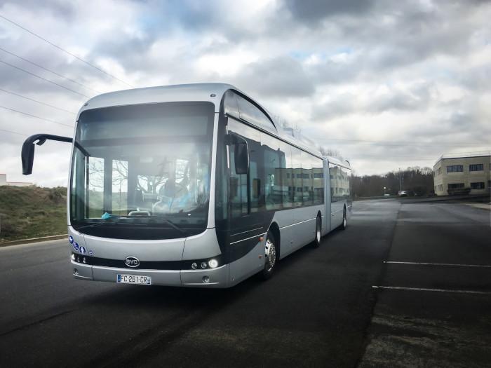 BYD livre un bus à Orléans