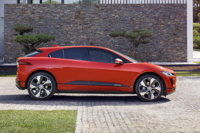 jaguar switch une offre de lld hybride. Black Bedroom Furniture Sets. Home Design Ideas