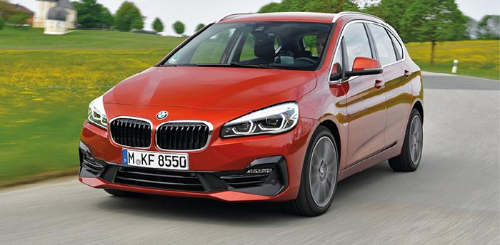 Chez BMW, l'Active Tourer existe en version hybride rechargeable 225 xe de 224 ch à 52 g (41 600 euros). En 216d, le petit 3-cylindres 1.5 turbodiesel de 116 ch à 112 g retombe à 33 350 euros.