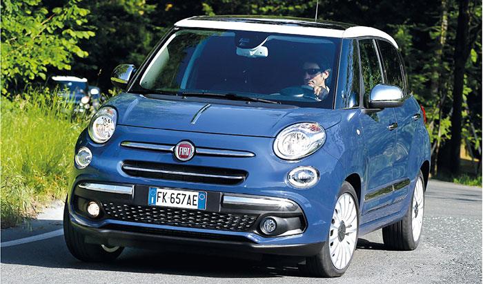 Pour la 500 L de Fiat transformée en VU, le choix en motorisations est réduit avec le 1.4 essence de 95 ch et 6 CV à partir de 14 158,33 euros, ou le 1.3 MJT de 95 ch et 5 CV à partir de 19 575 euros et de 20 408,33 euros en 120 ch et 6 CV.