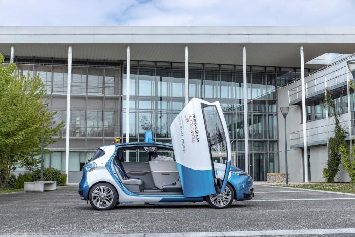 Paris-Saclay Autonomous-Lab Renault Zoé Cab autonome