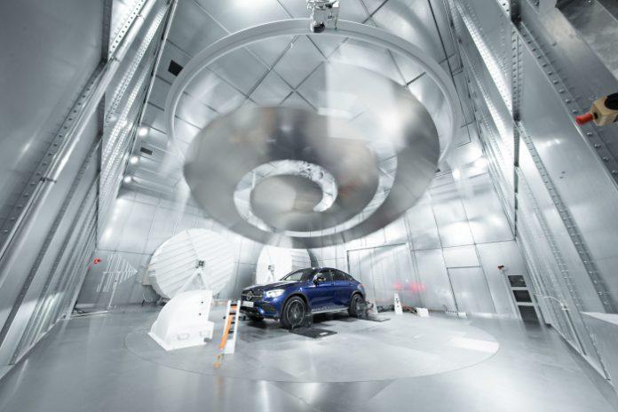 Daimler centre essai compatibilité électromagnétique