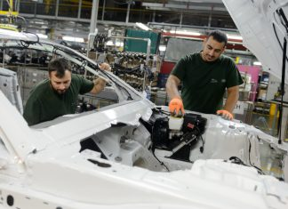 jaguar Land Rover usine Castle Bromwich