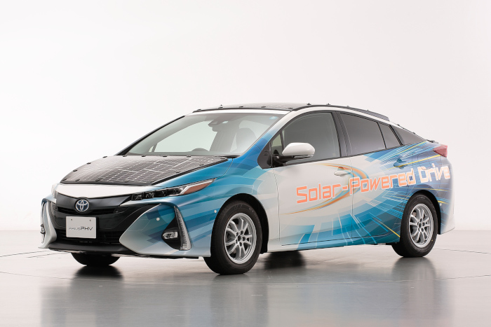 Prius hybride rechargeable solaire
