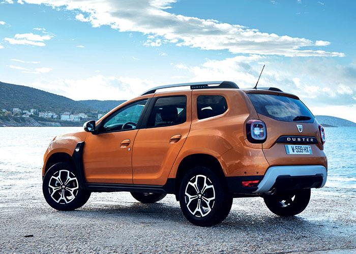 Le Duster de Dacia a droit au nouveau 1.5 dCi de 95 ch en 4x2 (115 g) pour un accès à la gamme à 14 650 euros. Misez plutôt sur un confort et des équipements plus standards en 115 ch, toujours à 115 g pour 17 100 euros en Essentiel.