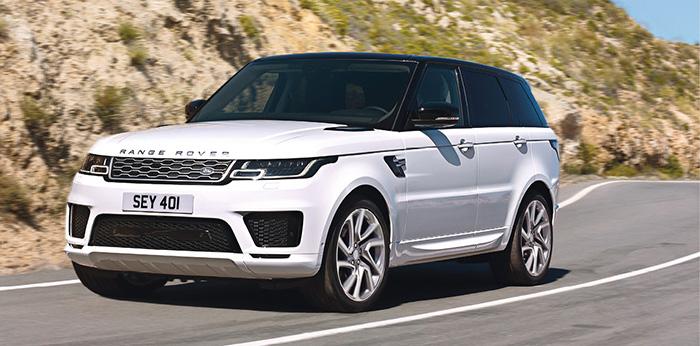 La gamme Land Rover de gros SUV comprend le Range Rover P400e qui délivre ses 404 ch à partir du 2.0 essence de 300 ch et d'un moteur électrique de 114 ch. Le CO2 reste contenu à 69 g pour 125 700 euros.