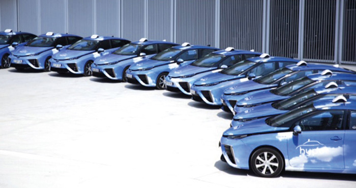 Dans le cadre de son projet 2020 Hype 600, la société de taxis Hype veut faire passer sa flotte de 130 taxis hydrogène actuellement à 600 unités en service en Île-de-France d'ici fin 2020.