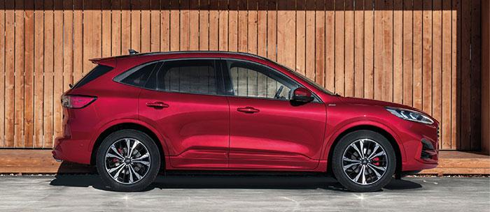 Le Ford Kuga s'équipe d'un kit Gruau à 620 euros HT (coffre de 1 478 l) pour une gamme qui débute à 26 600 euros TTC en 1.5 Ecoboost de 120 ch/152 g, et à 28 100 euros TTC en 1.5 EcoBlue de 120 ch/133 g pour le diesel.