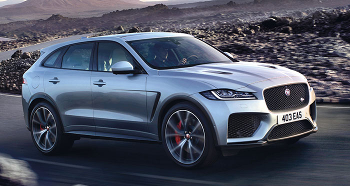Le Jaguar F-Pace s'équipe d'un kit Gruau à 1 515,12 euros HT (coffre de 1 731 l). La gamme débute à 60 500 euros TTC en 2.0 diesel de 163 ch/140 g, et à 68 500 euros TTC en essence avec le 2.0 turbo de 250 ch/173 g (boîte auto et 4x4).