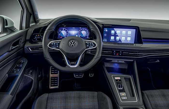 Volkswagen Golf 8 habitacle