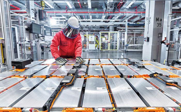 Collaboration Audi et Umicore pour la production de batteries de véhicules électriques en boucle fermée
