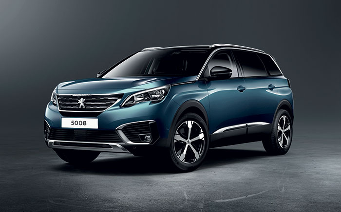 Le Peugeot 5008 s'offre, en Active Business, le BlueHDi de 130 ch/138-143 g boîte manuelle à 35 050 euros ; en boîte EAT8, comptez 138-143 g et 37 100 euros. Le 2.0 BlueHDi de 180 ch/164-166 g pointe à 44 250 euros en Allure Business.