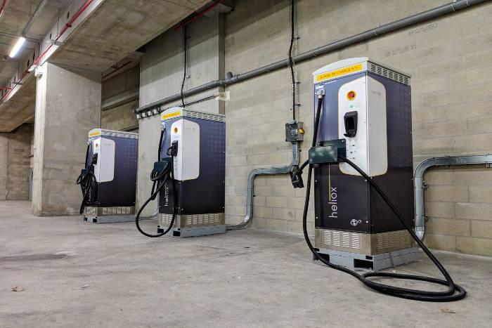 Bornes de recharge électrique (C) Île-de-France Mobilités et RATP