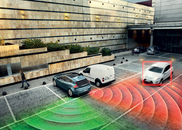 Aides à la conduite - Alerte de véhicule en approche arrière
