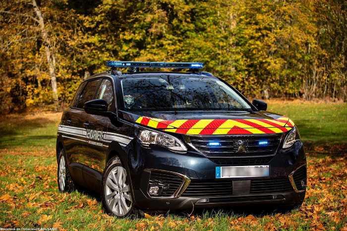 Peugeot 5008 gendarmerie