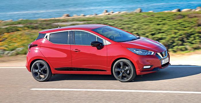 Fabriquée par Renault à Flins, la Nissan Micra partage beaucoup d'éléments avec sa cousine Clio, dont la plate-forme et le 3-cyl. 1.0 calibré à 92 ch et 123-130 g contre 100 ch et 126 g précédemment. Elle est facturée 19 690 euros en Business Edition.