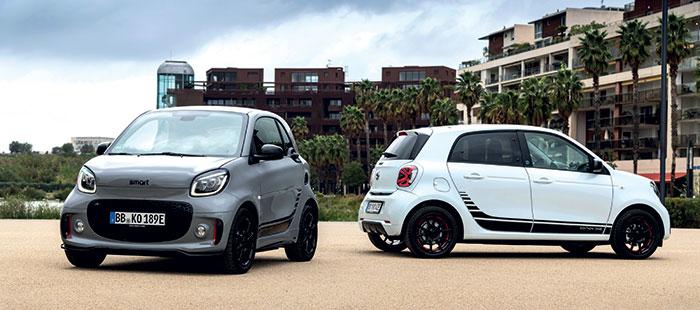 Les prix des Smart électriques demeurent élevés malgré la concurrence : la ForTwo EQ Passion débute à 26 750 euros et à 27 600 euros pour la ForFour EQ. Le chargeur 22 kW est en option pour une charge à 80 % en quarante minutes.