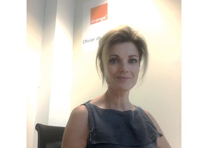 Anne Bertrand, Orange