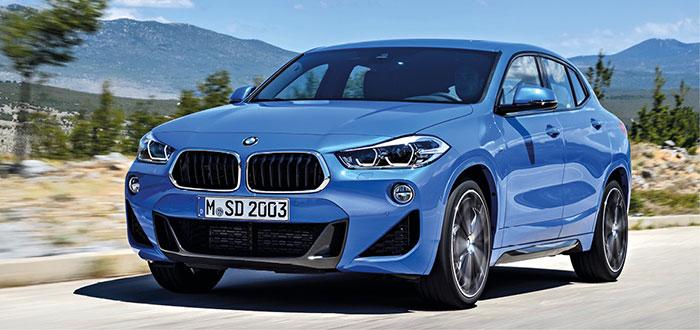 Les BMW X1 et X2 se dotent d'un kit à 1 280 euros (pose comprise) sauf en PHEV. Le X2 (coffre de 1 355 l) se décline en sDrive 18i de 136 ch/148 g à 34 050 euros TTC et en sDrive 16d de 116 ch/127 g à 34 450 euros TTC.