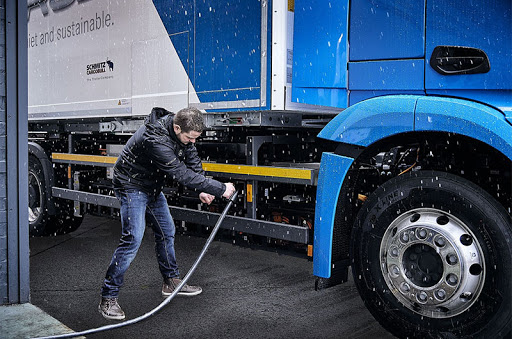 Daimler Trucks Volvo Traton recharge