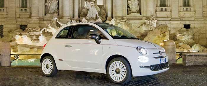 Pour sa 500, Fiat a opté pour l'hybridation légère MHEV en 12 V sur son 3-cyl. 1.0 Firefly de 70 ch, avec un alterno-démarreur de 12 V, 4,9 ch et 20 Nm. Avec à la clé de 111 g jusqu'à 123 g, attention aux versions ! Pour le tarif, comptez 15 790 euros en Cult.